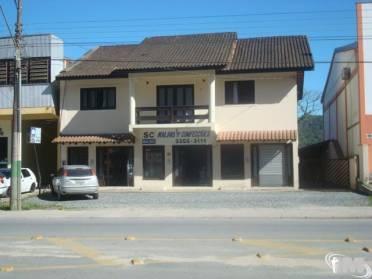 Ampla Casa no Dom Joaquim.