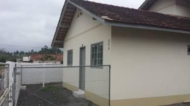 Casas - Casa Com 02 Quartos na Limeira Alta