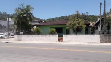 Otima casa para residencial e ponto comercial
