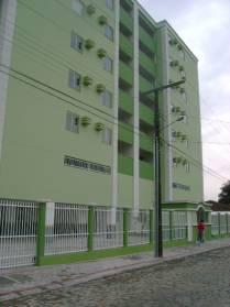 Apartamentos - Edificio Rita de C�ssia Apto606