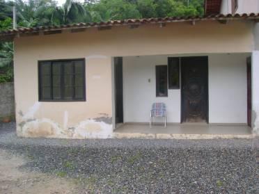 Casas - Casa de Alvenaria Com Otima Localiza��o