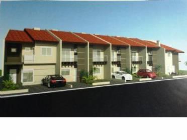 Sobrado em construção no Bairro Água Verde, com 03 dormitórios (01 suíte) e