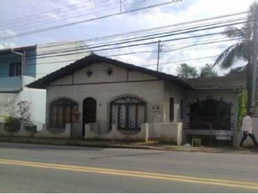 Casas - Casa Parte T�rrea, Com 2 Dormit�rios, Demais Depend�ncias, 1 Garagem. Junto