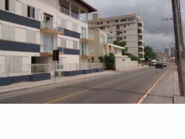 Apartamento em Perequê, contendo 03 dormitórios (01 suíte) e demais dependê