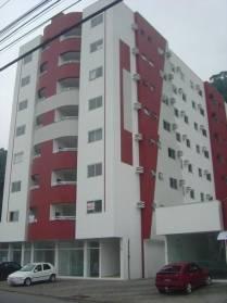 Apartamentos - Amplo Apartamento Semi Mobiliado Com Duas Vagas de Garagem no Bairro: Guara