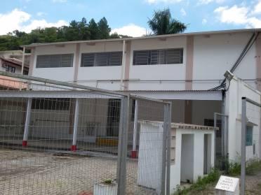 s - Edifício Vila Maria Cecília - Bairro Primeiro de Maio Vila Maria Cecília