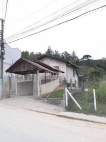 Casas - Casa de Madeira - Bairro Azambuja Casa