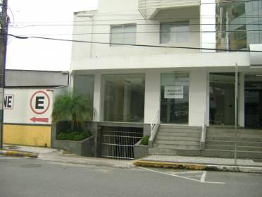 Salas - Sala T�rrea Comercial no Centro de Brusque Ed. Dellagnolo