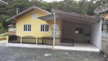 Casas - Ótima Casa de Alvenaria - Bairro São Pedro