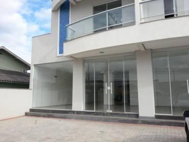 Salas - Ampla Sala Comercial em Frente a Caixa Econ�mica Federal - Bairro Santa Rit