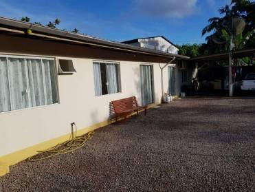 Casas - Casa Geminada em Local Tranquilo - Bairro Limoeiro