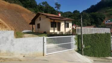 Casas - Casa Com Amplo Terreno - Bairro Limeira