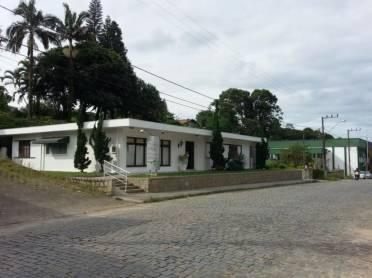 Casas - Casa Comercial - Primeiro de Maio