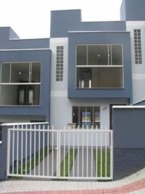 Casas - Excelente Casa Germinada, 2 Piso, Com 02