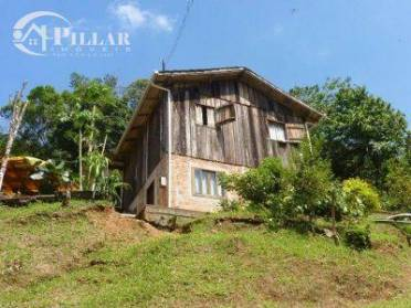 Casas - Casa Mista no Bairro Velha