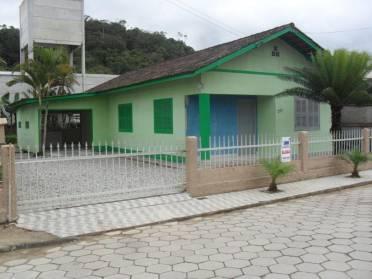 Casas - Casa na S�o Pedro Guabiruba