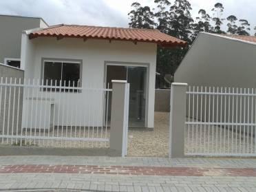 Casas - Excelente Casa no Lageado