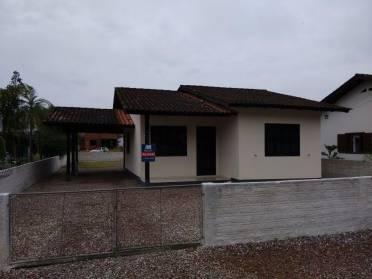 Casas - Casa no Centro de Guabiruba