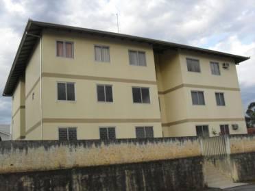 Apartamentos - Apartamento T�rreo - Souza Cruz - Rua Tranquila Dona Clara