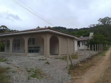 Casas - Ótima Casa no Lageado Baixo