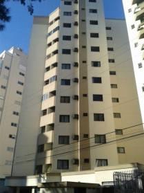 Apartamentos - Apartamento Com Excelente Localiza��o e Duas Vagas de Garagem  no Bairro s�