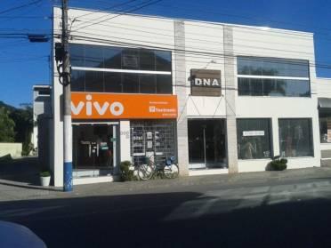 Salas - Sala Comercial Nova no Centro de Guabiruba