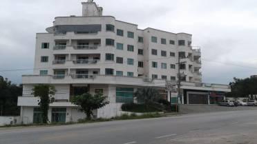 Apartamentos - Apartamento Com 3 Dormitórios no Jardim Maluche