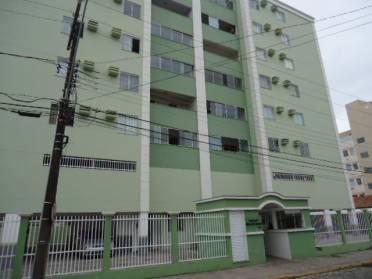 Apartamentos - Destaque - Apto no Edif Rita de Cássia !