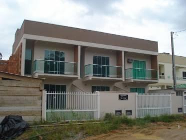 Casas - Casa Geminada em Constru��o
