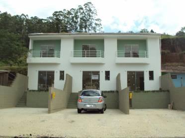 Casas - Casa Geminada Nova