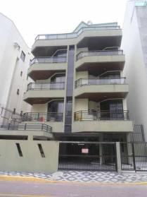 Apartamento em Meia Praia Itapema