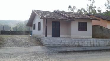Casas - Casa em Dom Joaquim