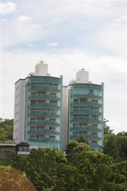 Ed San Lorenzo, 4 suites grandes, 4 garagens