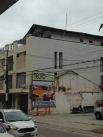 Cobertura na rua azambuja com 360 metros quadrados.